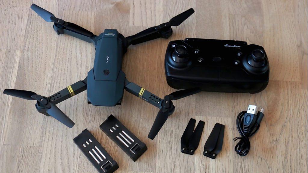 "DroneX Pro accessories"" class=""wp-image-2311"" width=""696"" height=""391"" srcset=""//www.top10gadgets.shop/wp-content/uploads/2019/10/DroneX-Pro-accessories.jpg 1024w, //www.top10gadgets.shop/wp-content/uploads/2019/10/DroneX-Pro-accessories-300x169.jpg 300w, //www.top10gadgets.shop/wp-content/uploads/2019/10/DroneX-Pro-accessories-768x432.jpg 768w, //www.top10gadgets.shop/wp-content/uploads/2019/10/DroneX-Pro-accessories-600x338.jpg 600w, //www.top10gadgets.shop/wp-content/uploads/2019/10/DroneX-Pro-accessories-200x113.jpg 200w, //www.top10gadgets.shop/wp-content/uploads/2019/10/DroneX-Pro-accessories-696x392.jpg 696w, //www.top10gadgets.shop/wp-content/uploads/2019/10/DroneX-Pro-accessories-1068x601.jpg 1068w, //www.top10gadgets.shop/wp-content/uploads/2019/10/DroneX-Pro-accessories-747x420.jpg 747w"" sizes=""(max-width: 696px) 100vw, 696px"