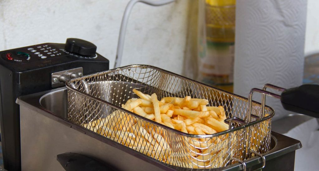 Factors to Consider When Buying a Commercial Deep Fryer